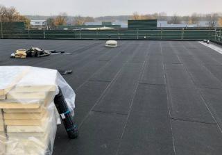 Flat and asphalt roofing